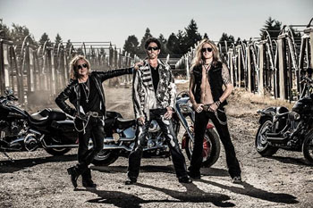 REVOLUTION SAINTS (US, CA)-Newshot